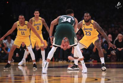 Lakers têm grande terceiro quarto, vencem os Bucks e se classificam aos playoffs - The Playoffs