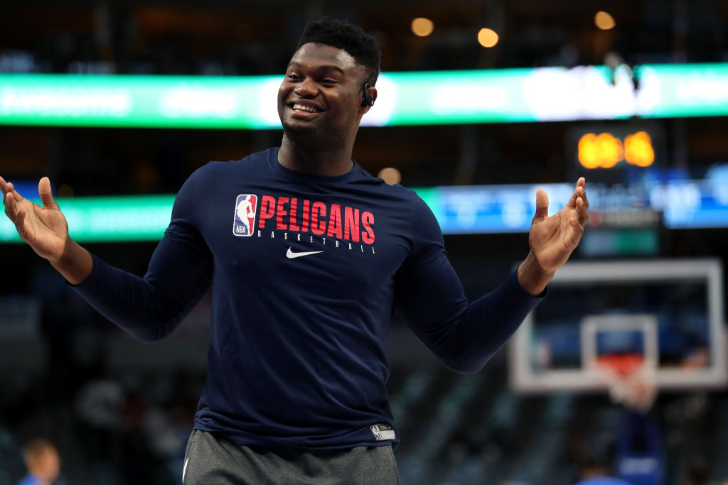 DALLAS, TEXAS - MARCH 04: Zion Williamson #1 of the New Orleans Pelicans warms up on the court before taking on the Dallas Mavericks at American Airlines Center on March 04, 2020 in Dallas, Texas