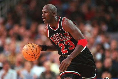 UNITED STATES - NOVEMBER 07: NBA 97/98 CHICAGO BULLS; Michael JORDAN/CHICAGO BULLS