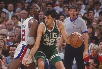 AUBURN HILLS, MI - 1991: Kevin McHale #32 of the Boston Celtics presses towards the basket against the Detroit Pistons at The Palace of Auburn Hills in 1991 in Auburn Hills, Michigan