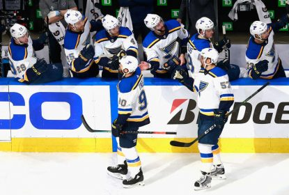 Blues vencem Canucks e empatam a série na 'bolha' - The Playoffs