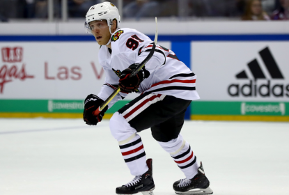 Drake Caggiula é suspenso pela NHL e desfalcará os Blackhawks - The Playoffs