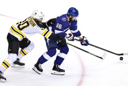 Na prorrogação, Tampa Bay Lightning vence Boston Bruins e empata a série - The Playoffs
