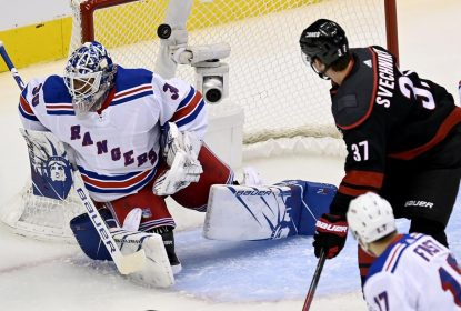 Hurricanes vencem Rangers no primeiro jogo dos playoffs - The Playoffs