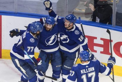 Em final emocionante, Tampa Bay Lightning vence New York Islanders por 2 a 1 - The Playoffs