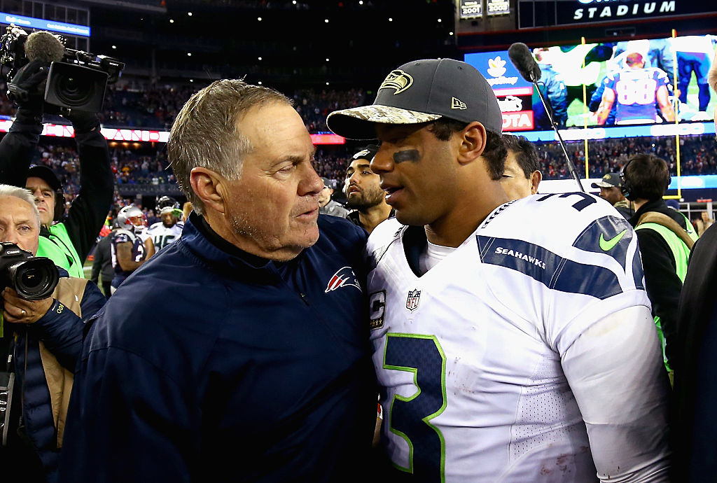 FOXBORO, MA - NOVEMBER 13: Head coach Bill Belichick shakes hands with Russell Wilson #3 of the Seattle Seahawks after a game at Gillette Stadium on November 13, 2016 in Foxboro, Massachusetts