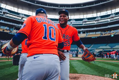 Astros se aproveitam de erro defensivo e vencem Twins no jogo 1 - The Playoffs