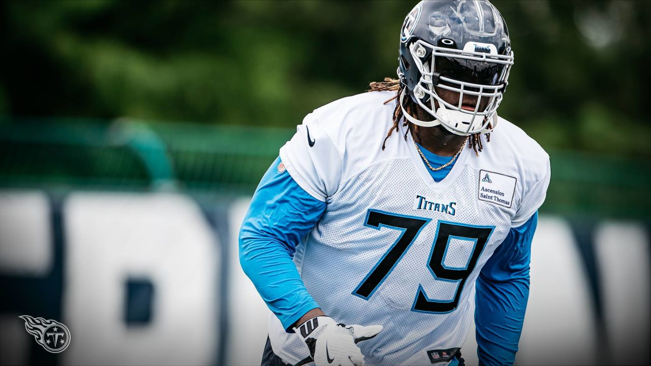 Isaiah Wilson right tackle Tennessee Titans