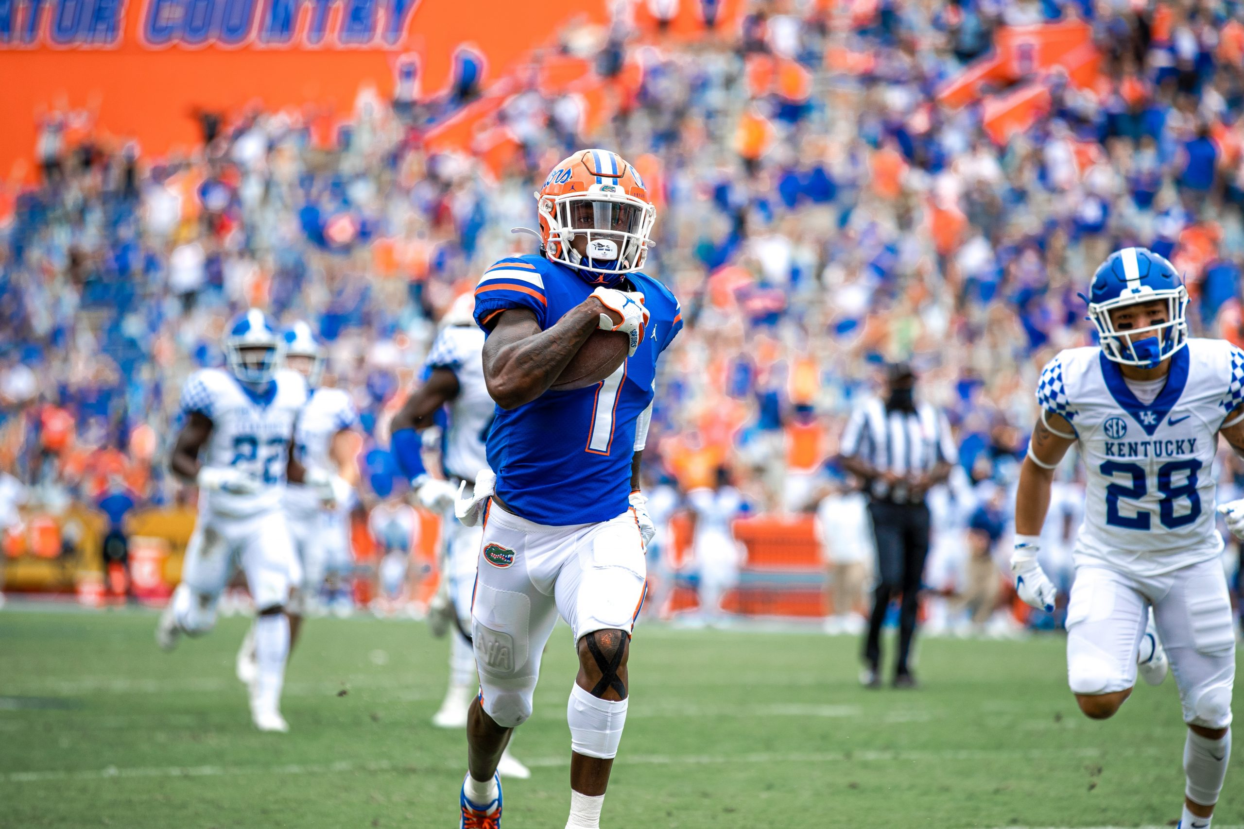 Florida Gators bate Kentucky Wildcats em confronto da SEC no college football