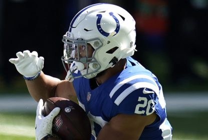 Colts colocam RB Jonathan Taylor na lista de COVID-19 - The Playoffs