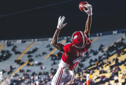 Com show de DeVonta Smith, Alabama atropela LSU - The Playoffs