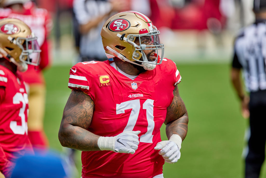 SAN FRANCISCO, CA - SEPTEMBER 13: San Francisco 49ers offensive tackle Trent Williams (71) looks on during the NFL game between the San Francisco 49ers and the Arizona Cardinals on September 13, 2020, at Levi's Stadium in Santa Clara, California