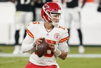 Mahomes está fora do protocolo de concussão e disputará final da AFC - The Playoffs