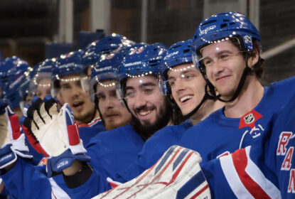 Inspirado, New York Rangers marca seis e atropela Boston Bruins - The Playoffs