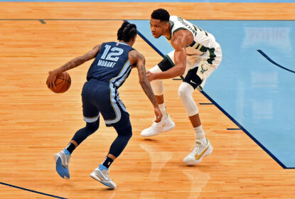 Jrue Holiday decide, e Milwaukee Bucks derrota Memphis Grizzlies - The Playoffs