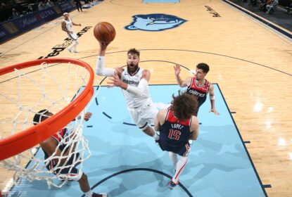 Grizzlies contam com grande atuação de Valanciunas e vencem Wizards - The Playoffs