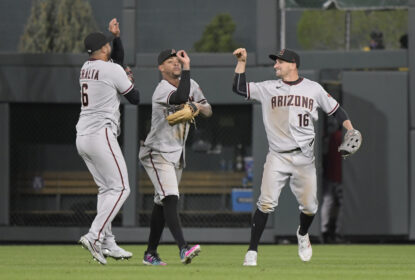 Em grande jogo, Diamondbacks vencem Rockies nas entradas extras - The Playoffs