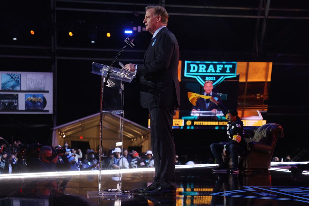 CLEVELAND, OHIO - APRIL 29: NFL Commissioner Roger Goodell announces Najee Harris as the 24th selection by the Pittsburgh Steelers during round one of the 2021 NFL Draft at the Great Lakes Science Center on April 29, 2021 in Cleveland, Ohio